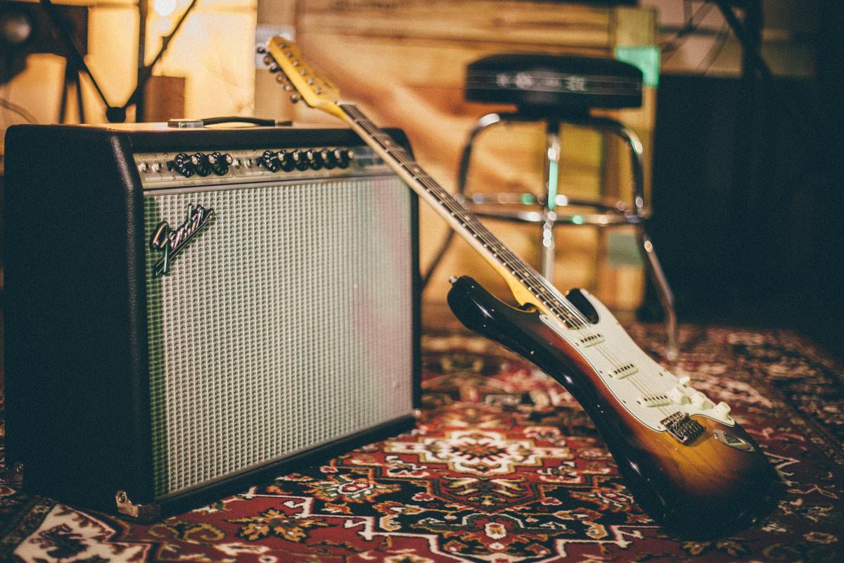 Drunkat-Fender_guitarras_02