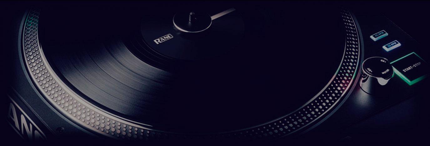 Oferta giradiscos RANE DJ Twelve: por la compra de una unidad te llevas otra a mitad de precio