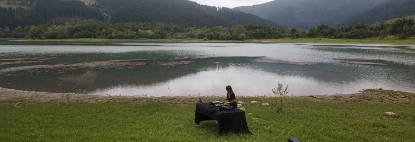 Dantz Point: música de vanguardia desde el embalse de Urkulu